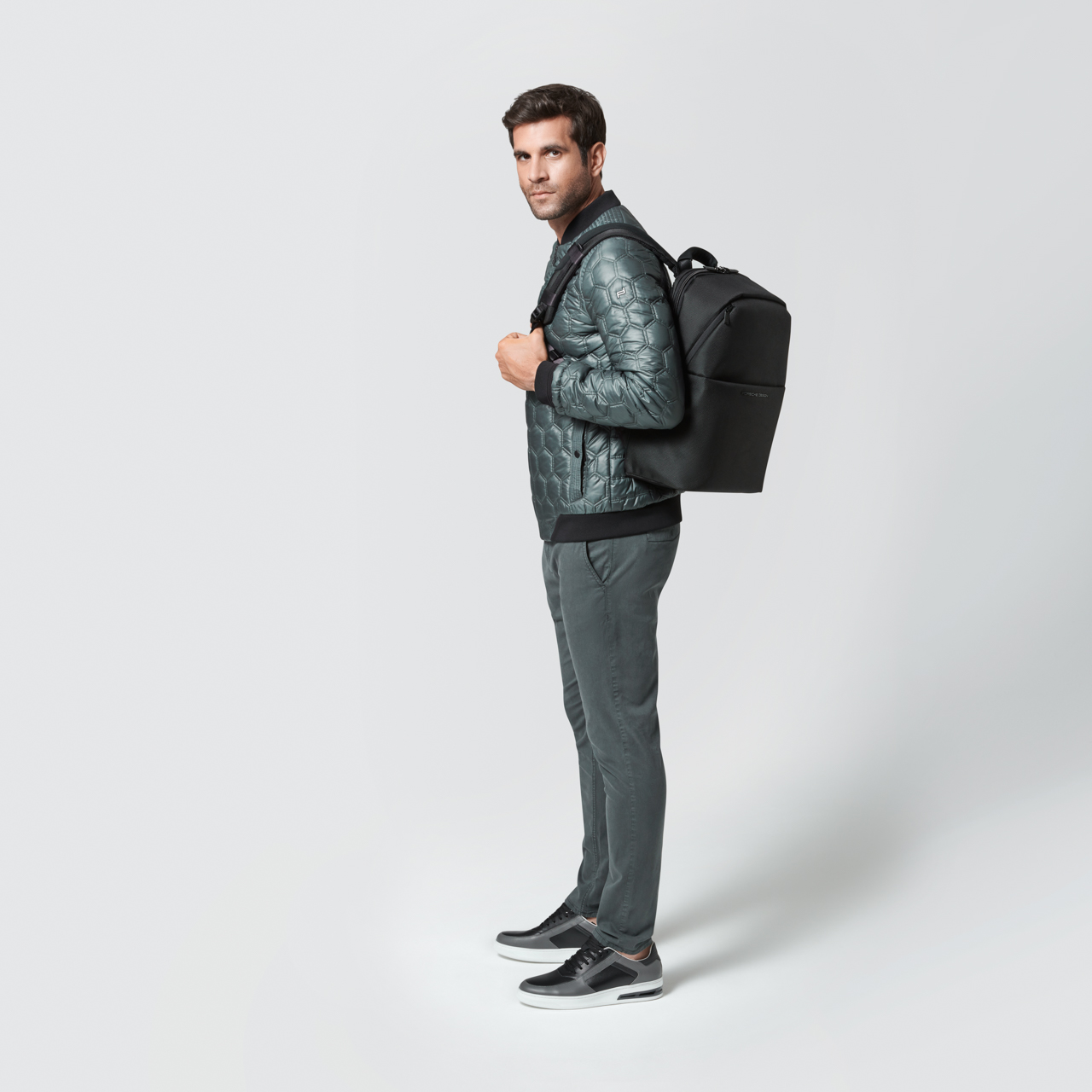 Roadster 4.1 M Backpack